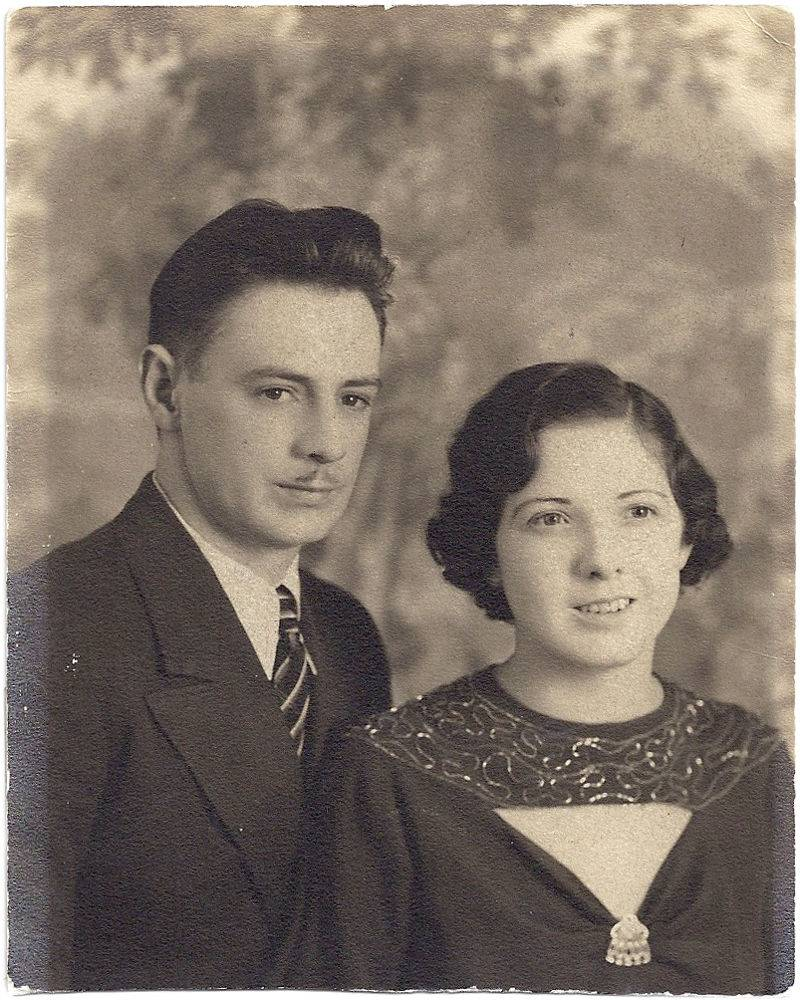 Otto Herman Reents and Shirley Alvira Peterson Reents - Wedding Photo.